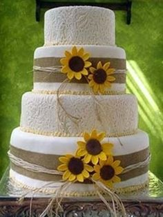 sunflower wedding cake | Pinterest Most Wanted - Click image to find more food & drink Pinterest pins