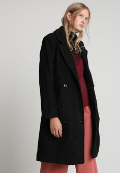 Samsøe & Samsøe ULRIKE - Manteau classique - black - ZALANDO.FR Black Noir, Kappa, Mannequin, My Style, Coat, Jackets, Fashion, Wool, Coats