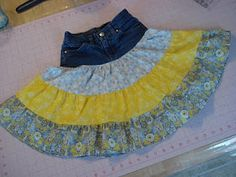 Two Crafty Critters: Easy Girls' Tiered Skirt Tutorial