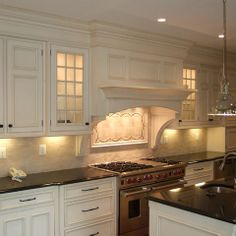 White Oven Hood Design Ideas, Pictures, Remodel, and Decor - page 3
