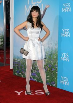 Girls in Nylons White Tights, Colored Tights, Nylons, Pantyhose Legs, Zooey Deschanel Style, Zoey Deschanel, Look Star, Great Legs, Hot Brunette