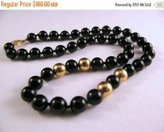 ON SALE Elegant Vintage 14K Yellow Gold and Black Onyx Bead Necklace With 14K Filigree Clasp