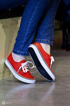 Vans #sneakers #authentic #vans www.madness-shop.com ...love the orange!