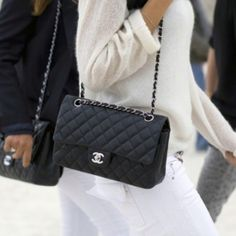 Chanel flap bag = WANT!!!