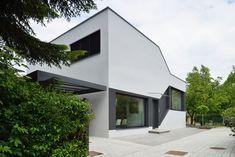 Gallery of Mezzanine House / Elastik Architecture + Hikikomori - 1