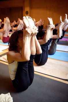 Boat Poses. Yoga postures and poses. #YoYoYoga-PosesandRoutines