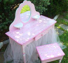 diy vanity for little girl. Hand painted little girl s vanity Little Girls Play Vanity Table  Diy and Vanities