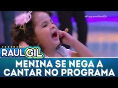 Menina se nega a cantar e arranca microfone   Programa Raul Gil (05/05/18) - YouTube Raul Gil, Next Video, Youtube, Videos, Music, Braided Hair, Pickup Lines, Musica, Musik