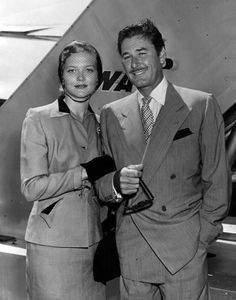 """"""" Errol Flynn and his wife Patricia Wymore seen next to TWA airplane at an unidentified Los Angeles area airport. Hollywood Men, Old Hollywood Stars, Vintage Hollywood, Classic Hollywood, Classic Movie Stars, Classic Movies, Errol Flynn, Star Wars, Olivia De Havilland"""