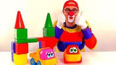 Весёлое видео с игрушками. Дима и грузовик стоят дом машинке. Видео для ...