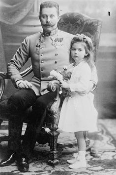 Archduke Franz Ferdinand of Austria with his daughter, Princess Sophie of Hohenberg