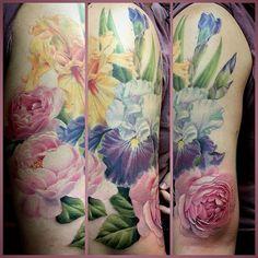 Last rose on Kristin's half sleeve. Rose bids and maybe daisies to finish? @eternalink @neotatmachines #botanicaltattoo #michigantattooartist #femaletattooartist #flowertattoos #colortattoos