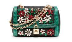 Le sac bijou de Dolce & Gabbana http://www.vogue.fr/mode/le-sac-du-week-end/diaporama/le-sac-bijou-de-dolce-gabbana/17289
