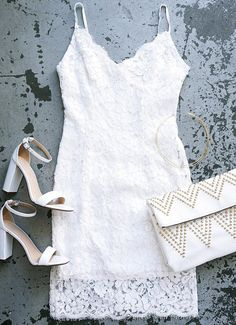 Snap a photo or two, because you'll want to remember every moment spent in the Picture of Perfection Ivory Lace Dress! A bodycon fit is formed from an eyelash lace bodice to a sheer panel of scalloped lace at the hem. #lovelulus