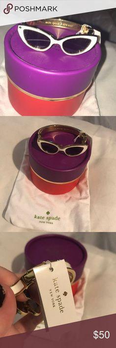 Kate Spade Sunglasses bangle NWT Kate Spade White Sunglasses bangle. Brand New k... Kate Spade Sunglasses, White Sunglasses, Jewelry Bracelets, Bangles, Women Jewelry, Brand New, Accessories, Bracelets, Bracelet