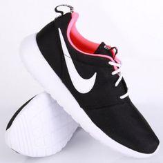 Nike Roshe Run (GS) Black White Hyper Punch. #sneaker #nike #rosherun http://www.houseofsneakerz.nl/dames-schoenen/nike-dames-schoenen/Nike-Roshe-Run-GS-Black-White-Hyper-Punch