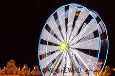 Manège : Astre solaire - fête foraine Grande roue à Arras - Light painting