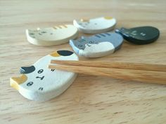 ハンドメイドマーケット minne(ミンネ)| [再販]猫の箸置き(薄茶タイプ)