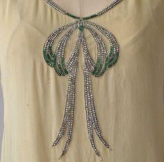 1920s dress detail 1920 Dresses, 1920s Outfits, Vintage Dresses, Vintage Outfits, 1920s Clothing, Historical Clothing, 20s Fashion, Vintage Fashion, 20th Century Fashion