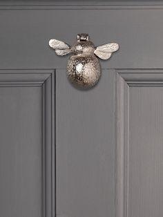 Solid Brass Bumble Bee Door Knocker by Cox & Cox. Selling Furniture, Door Furniture, Bedroom Furniture, Country Furniture, Furniture Storage, Garden Accessories, Home Decor Accessories, Front Door Accessories, Door Knockers Unique