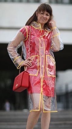 Clear Raincoat, Vinyl Raincoat, Pvc Raincoat, Plastic Raincoat, Plastic Pants, Rainy Day Fashion, Everyday Fashion, Rain Bonnet, Plastic Mac