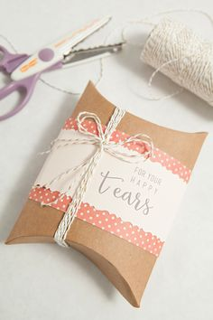 Awesome and FREE, DIY 'happy tears' tags for your wedding handkerchief gifts!