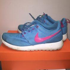 Nike Roshes Size 8 Blue Roshes Nike Shoes Athletic Shoes