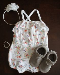 Baby girl summer outfit with @Pearls with Purpose bracelet and @Freshly Picked moccasins.