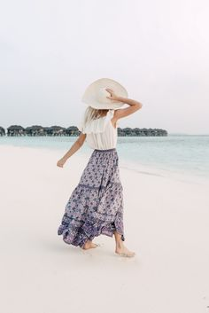 - February 09 2019 at Vacation Style, Vacation Outfits, Summer Outfits, Cute Outfits, Beach Outfits, Summer Vibes, Summer Beach, Casual Beach Outfit, Outfit Strand