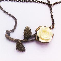Cream Rose Necklace £4.50