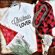 Christmas Lover Tee – Ruby Rue Jewelry & Accessories Aztec Cardigan, Sequin Blazer, Movie Tees, Plaid Flannel, Country Girls, Flannels, Buffalo Plaid, Lovers, Flannel
