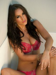 dating busty woman Thanks to our busty personals website you will be able to get in touch with local big breasted singles who are looking for dating, relationships and good times, busty.