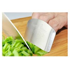 Best price on Chopping Finger Guard Protector //   See details here: http://smartkitchentools.com/product/chopping-hand-guard-multifunctional-anti-finger-artifact-safety-protector-glove-finger-protector-creative-stainless-steel/ //    #delicious #eating #foodpic #foodpics #eat #hungry #hot #foods #dessert #cake #icecream #delicious