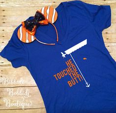 He Touched The Butt Shirt- The perfect Finding Nemo shirt for your Disney vacation- Great Epcot Disney shirt for Finding Dory too! Funny Disney Shirts, Disney Shirts For Family, Family Shirts, Boat Shirts, Dad To Be Shirts, Kids Shirts, Disney Boys, Disney Outfits, Disney Trips