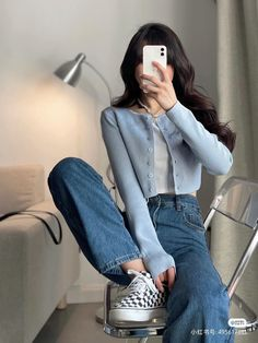 Korean Casual Outfits, Korean Outfit Street Styles, Retro Outfits, Cute Casual Outfits, Stylish Outfits, Korean Style, Korean Girl Fashion, Fashion Mode, Ulzzang Fashion