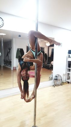 Pole Dance Moves, Pool Dance, Dance Poses, Pole Dancing, Yoga Poses, Aerial Dance, Aerial Hoop, Pole Fitness Moves, Barre Fitness