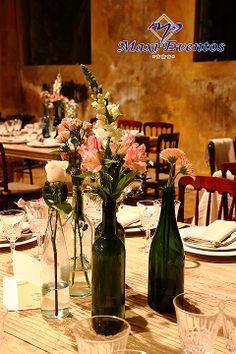Centros de mesa que remarcan el estilo de esta hermosa #boda #MaxiEventos