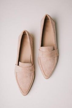 Jordan Loafers in Blush Jordan Loafers in Blush <br> Heel Man-Made Materials Also Available in Snake Print and Tan Size & Fit Fit: This Shoe Runs True to Size Shoe Boots, Shoes Heels, Pumps, Bow Heels, Tan Shoes, Comfy Shoes, Leather Shoes, Oxford Shoes, Cute Shoes