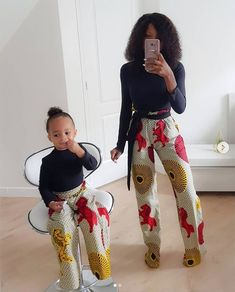 Afrikanische kleidung Cute Ankara styles for mother & daughter you'd love Mother Daughter Matching Outfits, Mother Daughter Fashion, Mommy And Me Outfits, Matching Family Outfits, Kids Outfits, African Inspired Fashion, Latest African Fashion Dresses, African Print Fashion, Africa Fashion