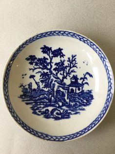 Liverpool Porcelain Saucer, 18th century   Good condition £32.27