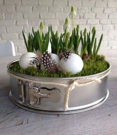 home decor easter diy - home decor easter . home decor easter diy . home decor easter beautiful . home decor easter basket . home decor easter eggs . easter decor ideas for the home . easter decorations dollar store home decor . easter home decor ideas Easter Table, Easter Eggs, Diy Pinterest, Spring Decoration, Windowsill Decoration, Spring Cake, Deco Floral, Easter Wreaths, Window Sill