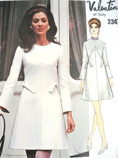 1960s VALENTINO Beautiful Day or Party Dress Pattern VOGUE COUTURIER Design 2347 Bust 32 Vintage Sewing Pattern