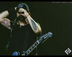 Dave Grohl.....