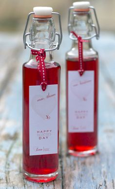 Homemade raspberry vinegar