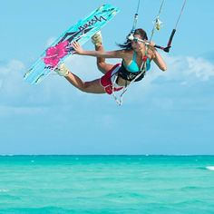 NAISH ALANA 2014 Kiteboarding by www.Adoscool.com