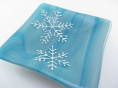 snowflakes made with Glassline paints