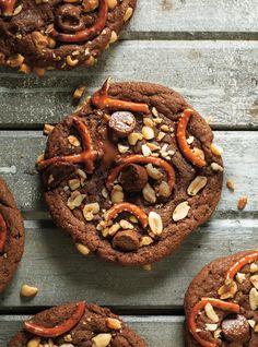 Biscuits au beurre d'arachide, aux bretzels et au chocolat #biscuits #chocolat #bretzels #ricardo