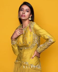 This sun-drenched hued, the green sheen anarkali gown is a superb accompaniment to your pre-wedding outfit. This figure flattering outfit with multifarious gathers + the shoulder key-hole pattern will make you stand out without even trying too hard! Flattering Outfits, Anarkali Gown, Indian Designer Wear, Hue, Bodice, Festive, Chiffon, Sari, Gowns