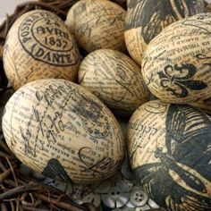 plastic eggs into these stunning decoupage treasures using just white glue, napkins and old book pages! plastic eggs into these stunning decoupage treasures using just white glue, napkins and old book pages! Old Book Crafts, Book Page Crafts, Book Page Art, Napkin Decoupage, Decoupage Ideas, Diy Decoupage Easter Eggs, Decoupage Jars, Decoupage Vintage, Plastic Easter Eggs
