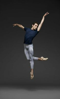 Modern Dance Photography, Photography Winter, Ballet Photography, Ballet Boys, Male Ballet Dancers, Alvin Ailey, Dance Aesthetic, Dance Tutorial, Dance Outfit